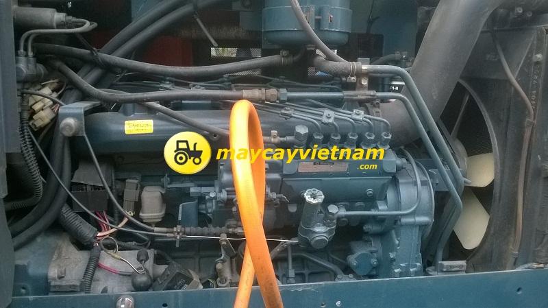 Kubota M10570 DT-5