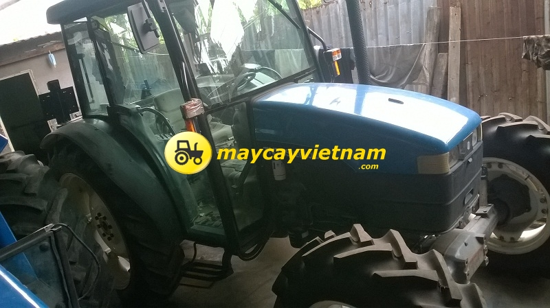 TN75S NewHolland-3