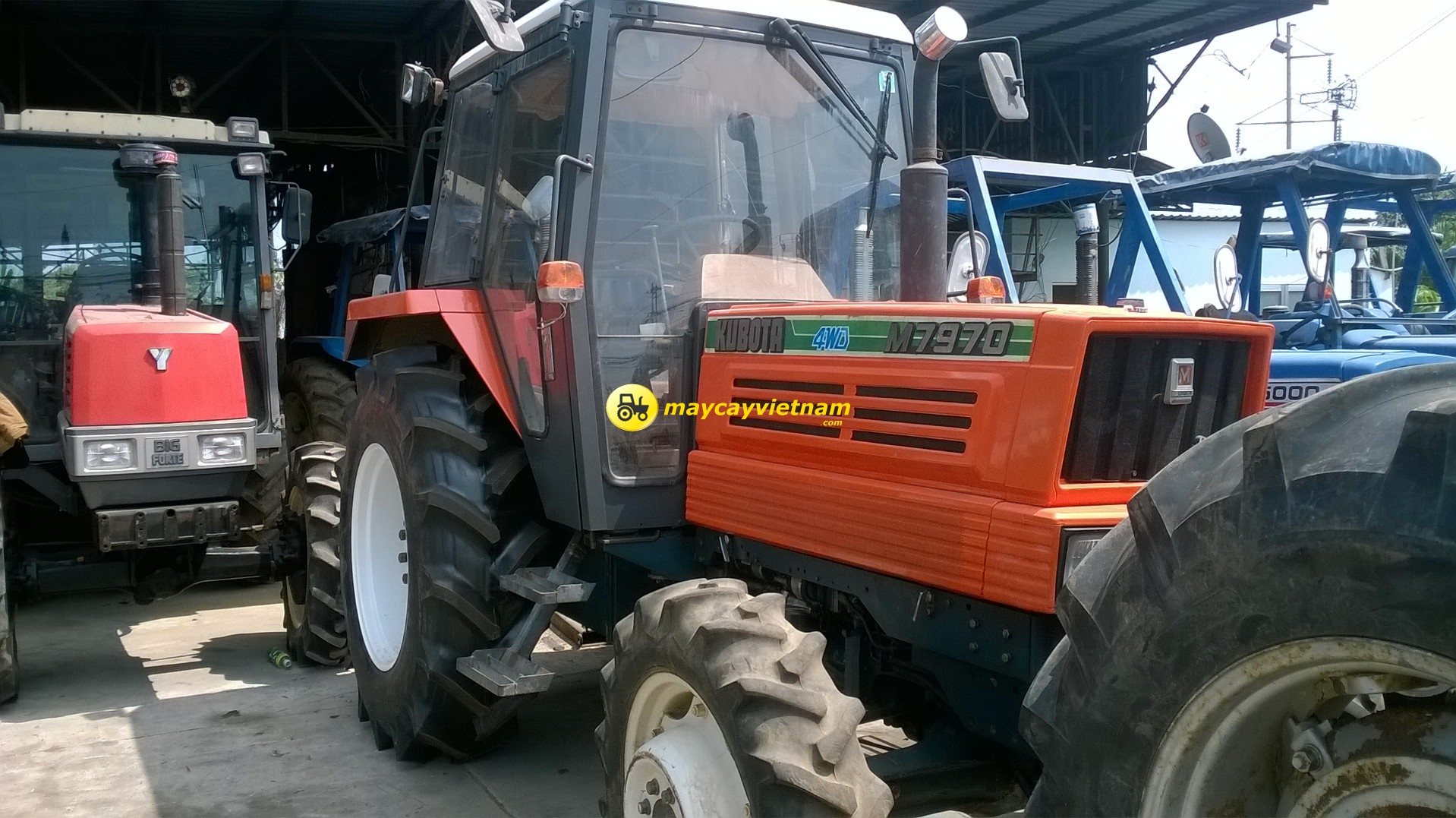 May Cay Kubota M7970